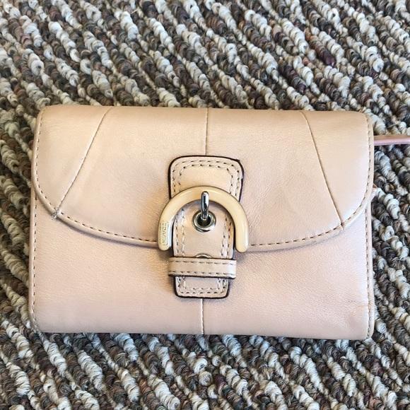 Coach Handbags - Light pink leather coach wallet